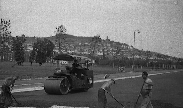 Asphaltierung der Bernerstrasse in Zürich - Altstetten 1938